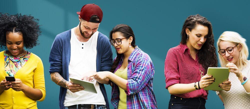 Social Learning Banner - Retail
